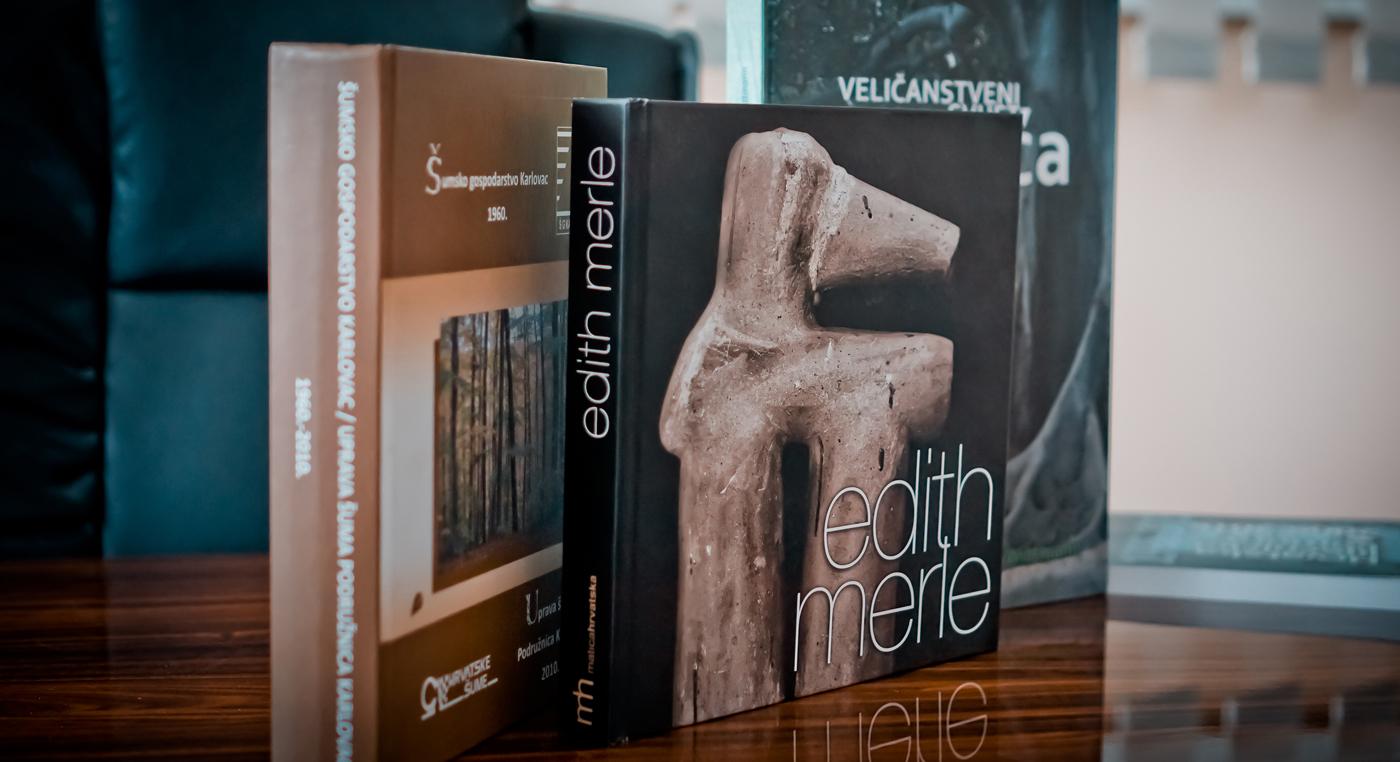 Tiskanje brošura, časopisa, klamanje